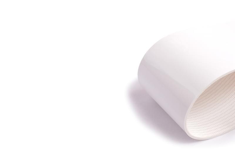correia sanitária de duas lonas em PVC branco resistente a óleos com certificação FDA e 3mm