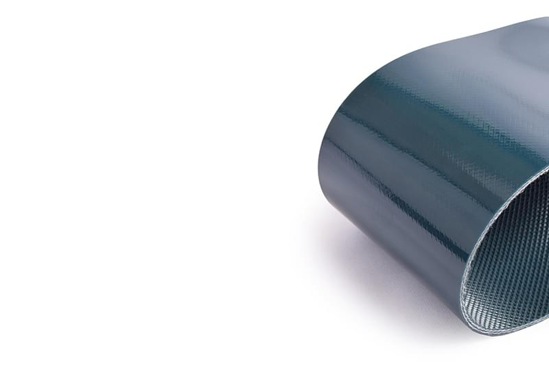 correia de duas lonas em PVC verde cobertura dupla face e perfil inferior de pirâmide negativa