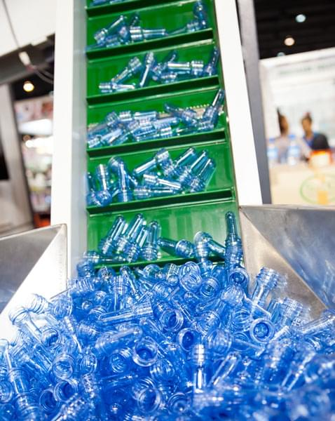 correia PVC verde com taliscas